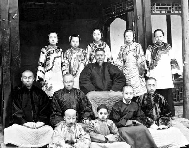 李鸿章家族照。