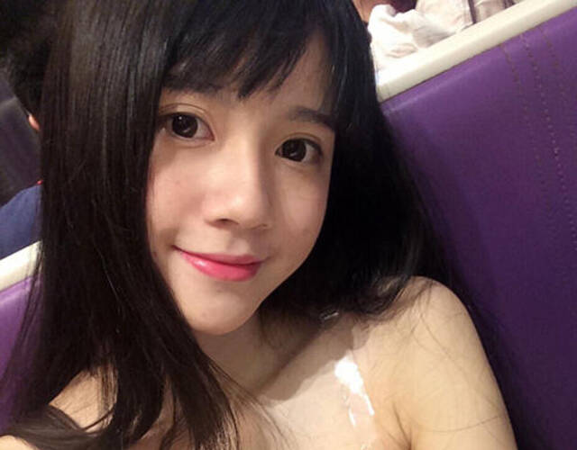 女高中生自拍照_广东揭阳18岁女高中生晒自拍