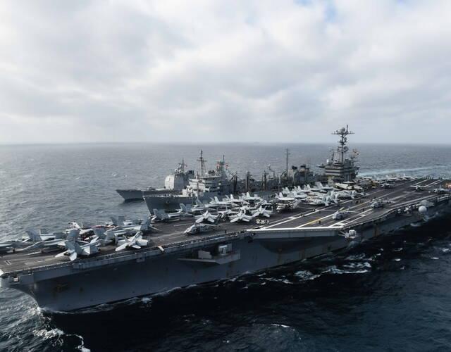 美航母编队进入南海 中国电子侦察船抵近侦察