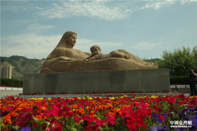 兰州黄河母亲雕塑