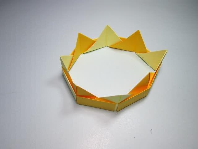 儿童手工折纸王冠 简单的皇冠折纸步骤图解