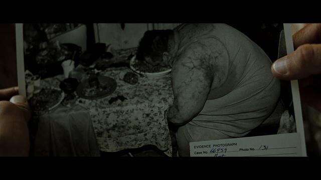十二种名屄�_犯了暴食罪的胖子被凶手用枪抵着头逼着连续吃了十二个小时的食物