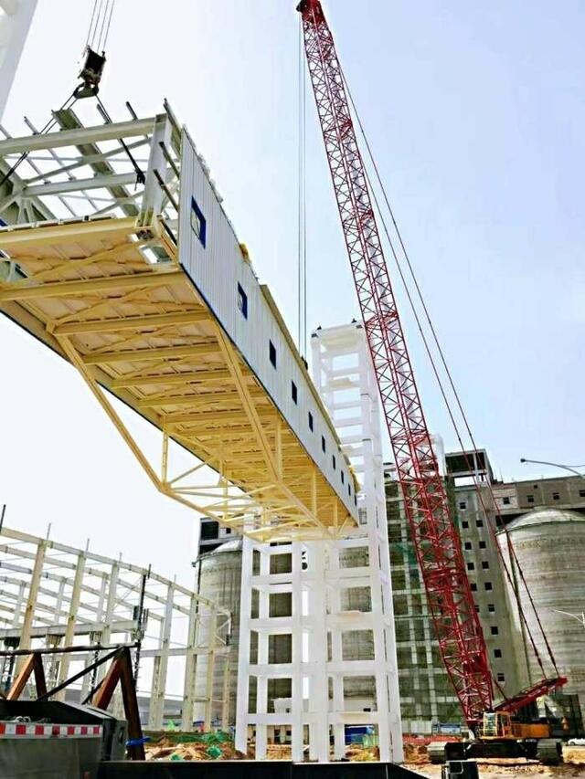 钢结构栈桥吊装中