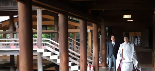 """时隔7年安倍再拜靖国神社,自称""""向英灵汇报"""""""
