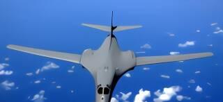 美军2架轰炸机月内数次现身南海上空 中国两部门亮明态度