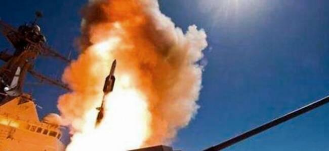 美军拟5年狂买1625枚反舰导弹 目标指向谁?
