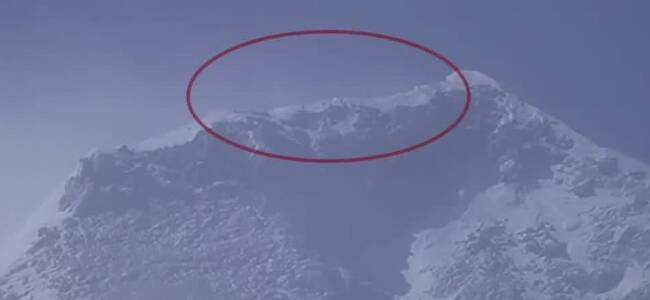 燃爆!天文望远镜机位实拍登顶珠峰:看到队员人影移动