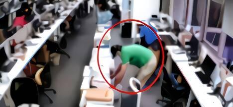 """当当网公布李国庆""""撬保险柜""""视频:用上了电钻"""