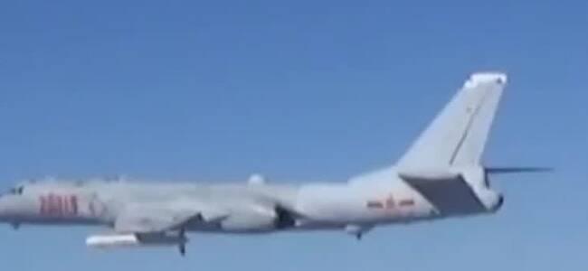 解放军军机群台湾海峡演练 台军曝光机型 场面壮观
