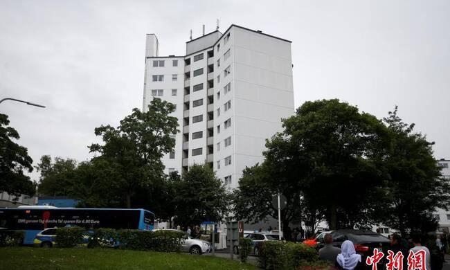 """为避免伦敦大火悲剧 德国一高楼疏散80名居民"""""""