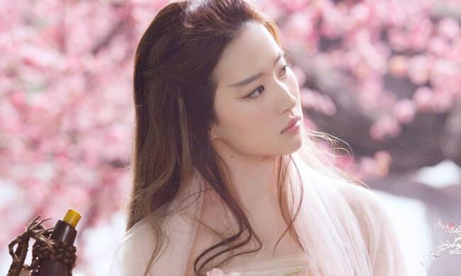 刘亦菲的飘逸眉美翻 这样的白浅仙气十足