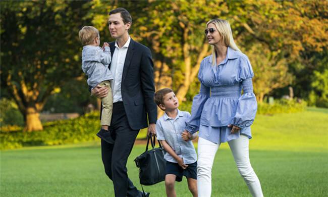 特朗普女儿穿这样也遮不住傲人身材