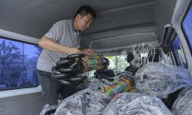 """杭州:共享雨伞又回来啦"""""""