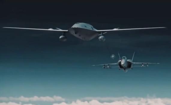 美国重金打造无人加油机 只因中国导弹太可怕