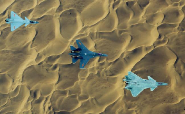 空军发布歼20、歼10C、歼16罕见同框照