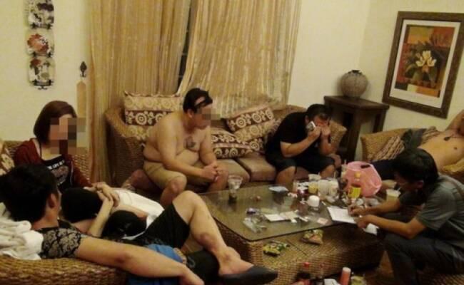 4男2女开毒品派对被捕现场