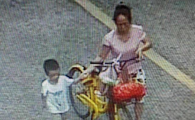 女子骗走4岁男孩:看他可爱带回去跟女儿玩两天