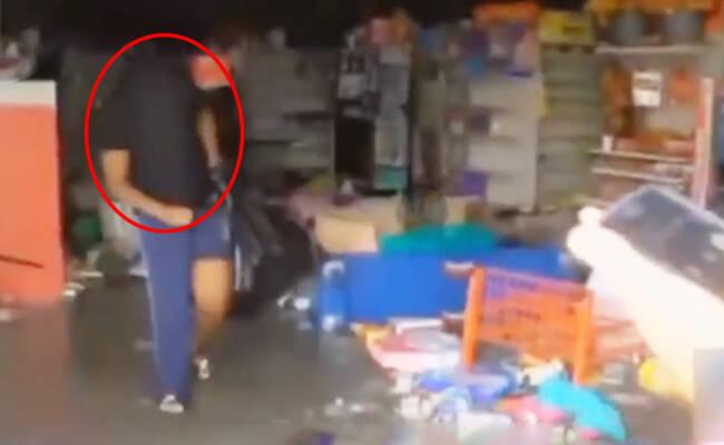 飓风过后 美国民众蒙面哄抢超市