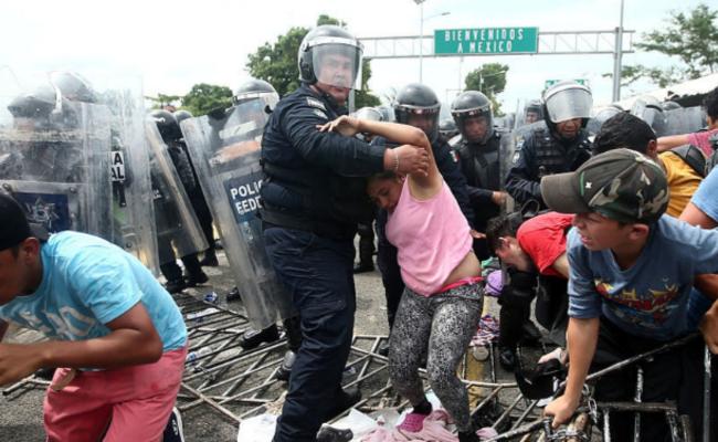 洪都拉斯移民入境墨西哥 与警方冲突