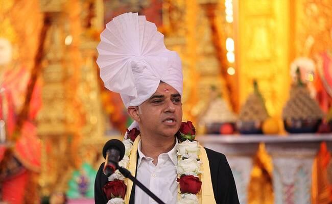 伦敦穆斯林市长访英国印度教寺庙一幕