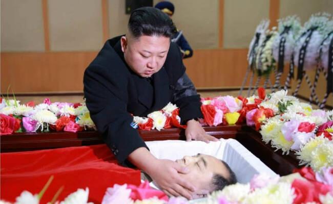 金正恩吊唁朝鲜民航总局局长