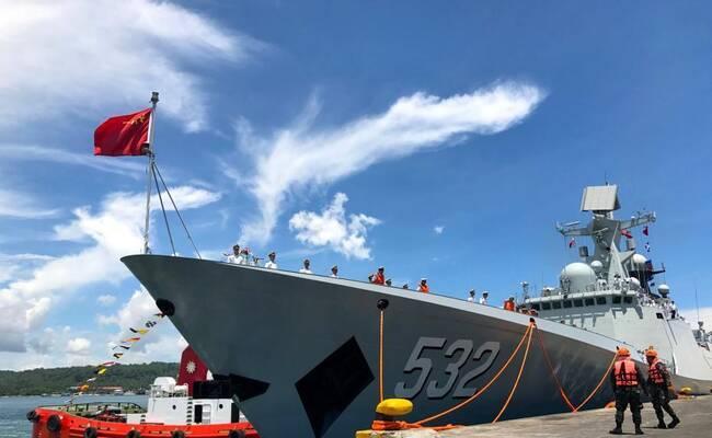 中国海军舰艇编队访问菲律宾
