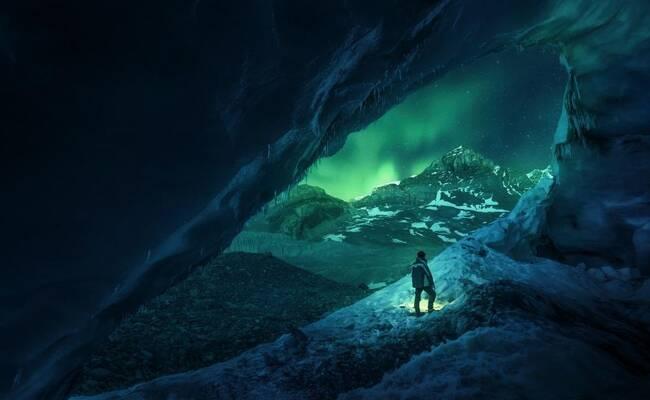 在洞穴中看极光