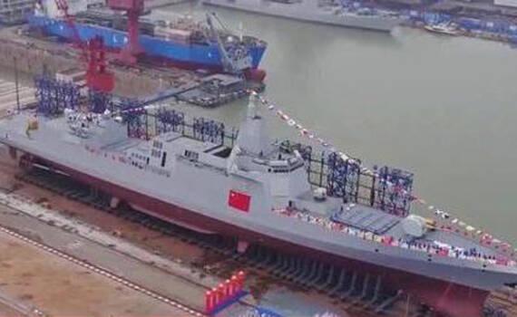 美媒:中国055大驱火力不输美舰 最早2018年入役