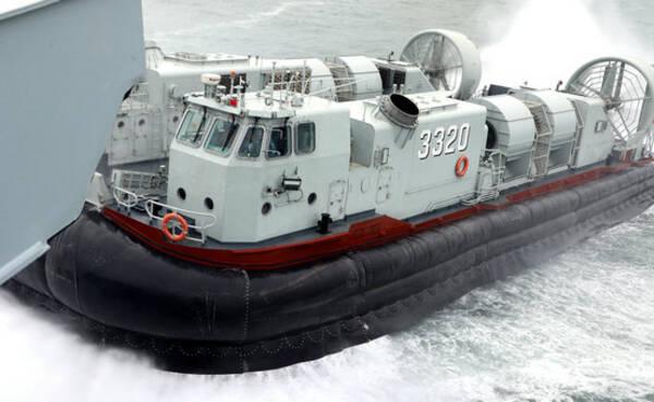 亮剑!中国登陆舰南海大规模实战演练