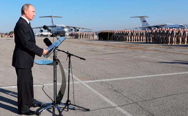普京突访俄军在叙空军基地 下令撤军