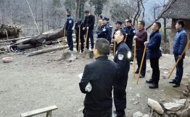 砍人抢劫犯被150名警察跨省追捕