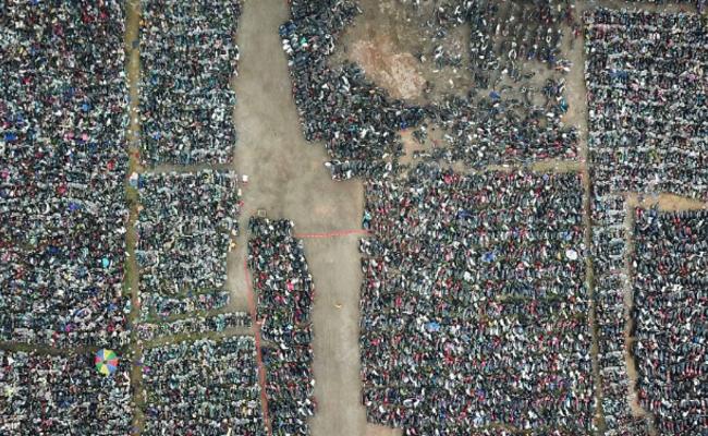 广州:6000辆被扣摩托车等待报废