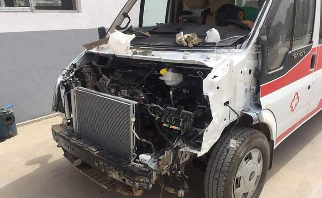 救护车司机无证驾驶发生事故