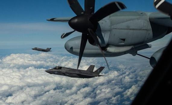 剛墜機就這么囂張?美軍F35B在東海練空中加油
