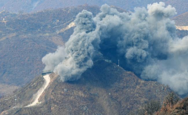 韩国爆破非军事区内哨所