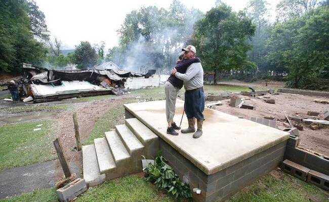 美国西弗吉尼亚遭遇世纪内最大洪水 20人死亡