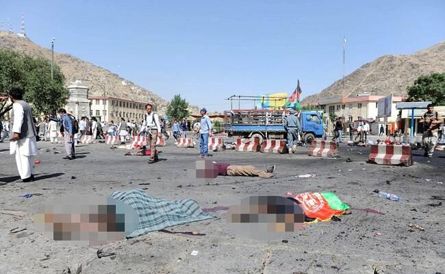 阿富汗示威游行 突然有人引爆炸弹致80死