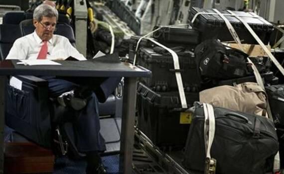 国务卿与货一起运 盘点美国二号人物出访寒酸座驾