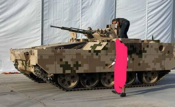 凤凰军机处∣想不到,中国为何用坦克改重型步战?
