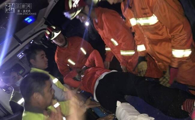 被困深山超6小时 51名驴友全获救
