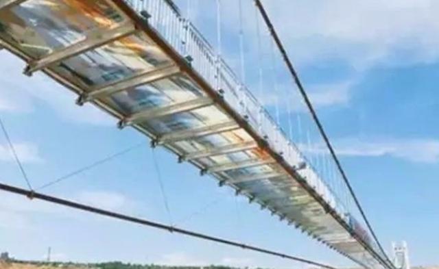 中国首座3D玻璃桥来了|组图