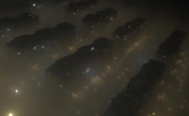 沈阳大雾:看不清天也看不到地