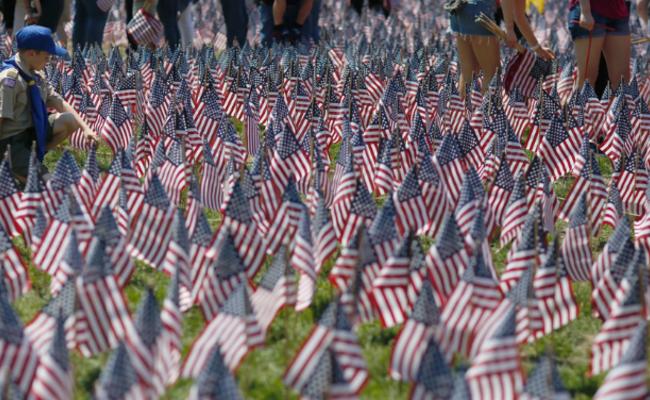 这是美国纪念烈士的方式