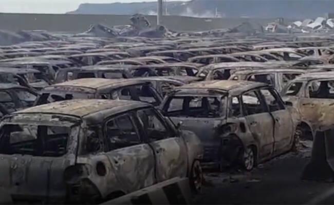 海水倒灌引大火 数百辆玛莎拉蒂被烧毁