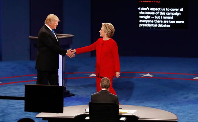 滚动:希拉里与特朗普首次辩论现场