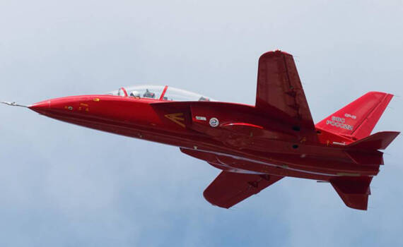 俄罗斯这款前掠翼军机明年开始服役