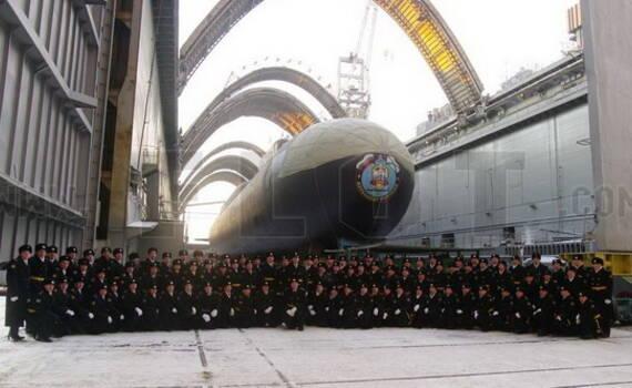 """俄首艘""""北风之神A""""核潜艇下水 中国还需加油"""