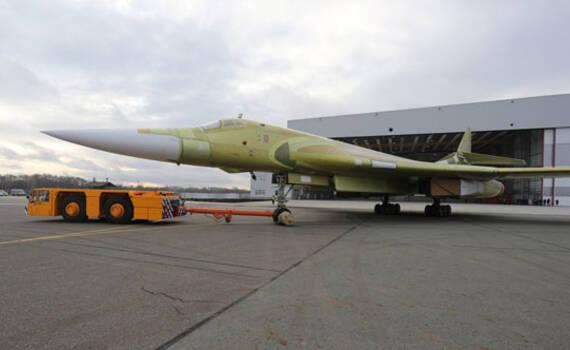 俄罗斯生产首款战略轰炸机图-160M2 推迟下代计划