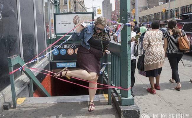 纽约曼哈顿发生地铁脱轨事故 致34人受伤