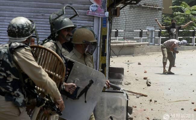 印巴边境交火致7死 印度数千士兵严防抗议